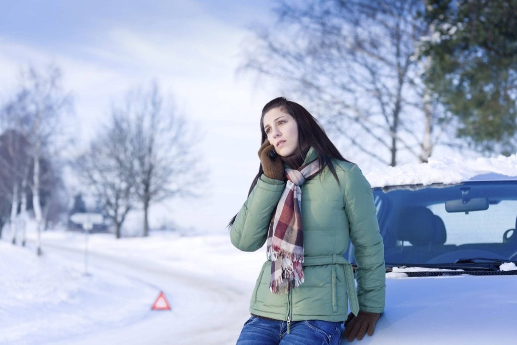 How to drive safely in the snow
